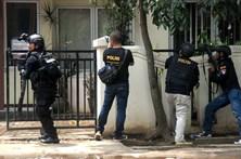 Indonésio morto por polícia após ataque