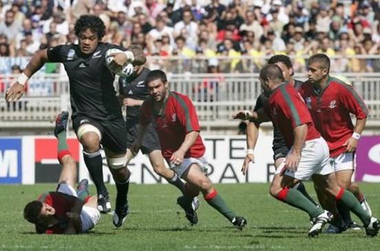 Antiga estrela do rugby da Nova Zelândia morre aos 35 anos