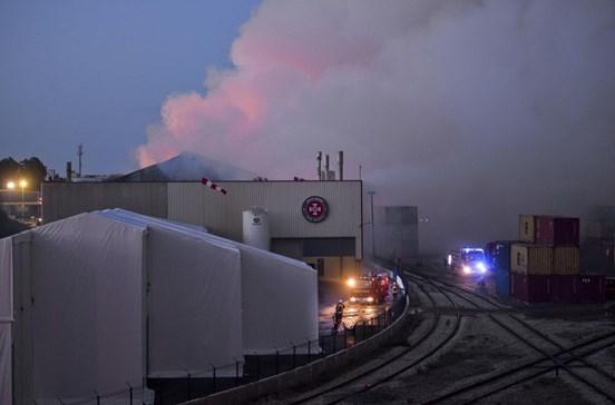 Chegaram ao Porto concentrações de poluente de incêndio em Setúbal