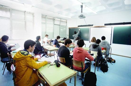Currículos novos nas escolas já em 2017/2018