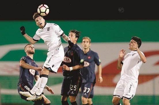 Esforço inicial só deu empate no Guimarães-Belenenses