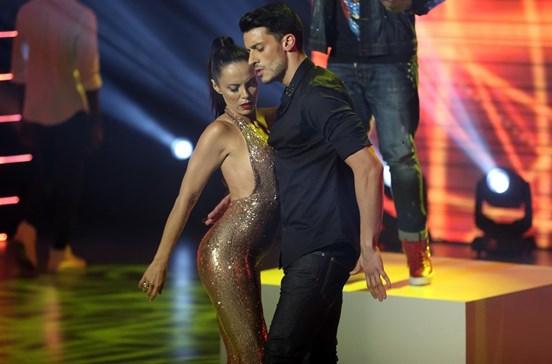 Iva e Ruben surpreendem público com dança sensual