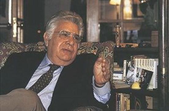 Morreu o embaixador José Fernandes Fafe