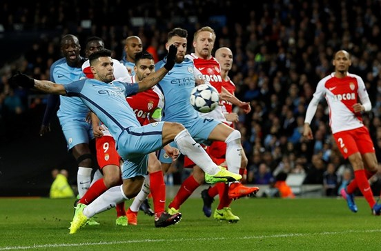 Jardim assusta Manchester City