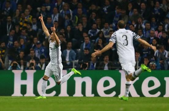 FC Porto perde e complica apuramento