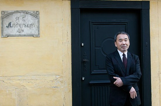 Fãs de Murakami preparam invasão de livrarias