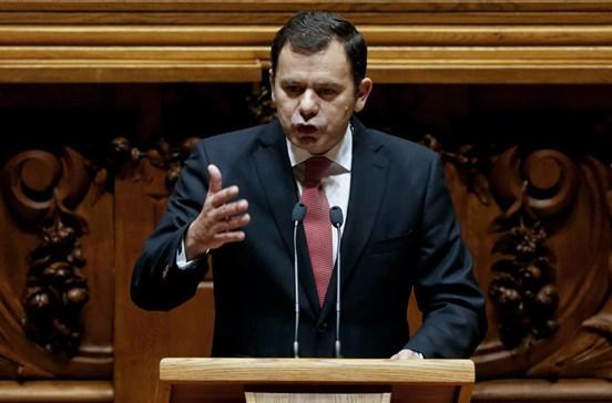 """PSD denuncia """"malabarismo"""" do Governo na comparticipação de medicamentos"""
