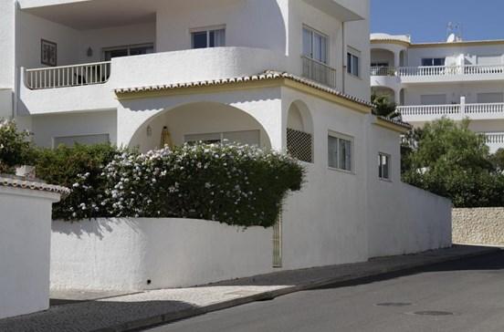 Inglesa compra apartamento de onde Maddie desapareceu