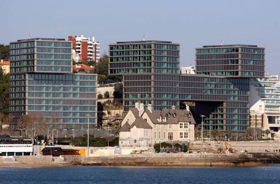 Elite angolana gasta 33 milhões em casas de luxo
