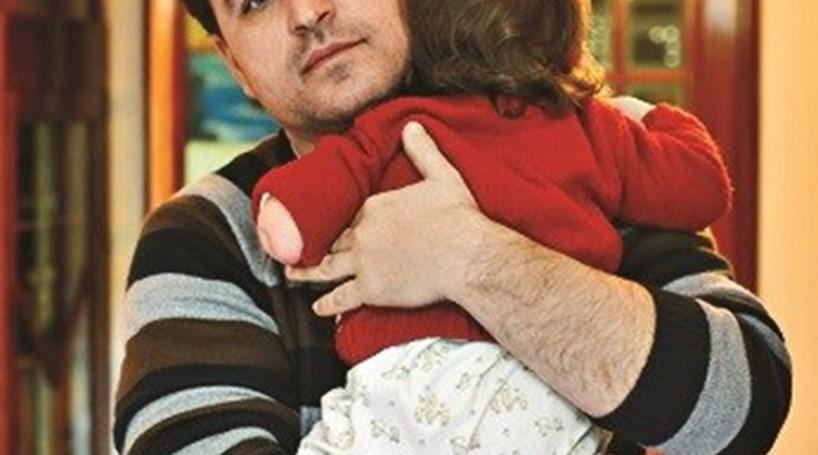 Subsídio recusado a bebé