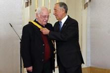 Ruy de Carvalho condecorado com a Grã-Cruz da Ordem de Mérito