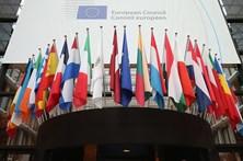 """""""27"""" da UE já adotaram orientações para as negociações sobre Brexit"""