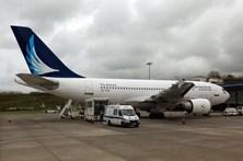 Tripulantes de cabine da SATA mantêm greve para 1 e 2 de maio