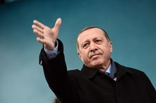 Erdogan fala em possível referendo sobre adesão à UE