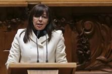 """Teresa Leal Coelho quer """"estancar a deriva PS"""" dos últimos dez anos"""