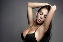 Namorada de CR7 ao estilo de Kim Kardashian