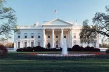 Pacote suspeito lança alerta junto à Casa Branca