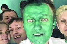 Político russo fica verde depois de ataque