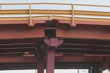 Pesados de passageiros proibidos de circular no viaduto de Alcântara