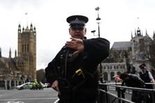 Polícia britânica detém mais dois suspeitos do ataque em Londres