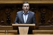 """PCP critica """"micro soluções"""" do governo PS para a dívida"""
