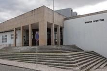 Prisão preventiva para 4 dos 6 suspeitos de roubos com armas no Baixo Alentejo