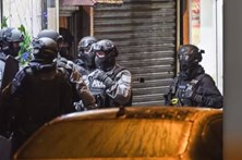 Centenas de polícias apuram detalhes do atentado de Londres