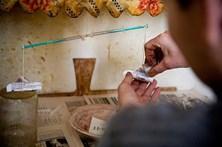 Investigadores criam método de detetar droga feita com fármacos e produtos de limpeza