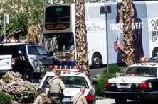 Mata uma pessoa e barrica-se em autocarro em Las Vegas