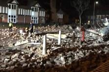 Explosão de gás destrói prédio e faz vários feridos em Liverpool