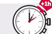 Atenção: a hora mudou. Não se esqueça de adiantar o seu relógio