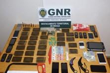 GNR de Braga apreende mais de cinco mil doses de droga e detém seis pessoas