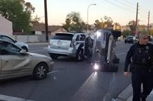 Uber suspende carros sem condutor após acidente