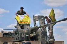 Forças curdo-árabes entraram no aeroporto de Tabqa, na Síria