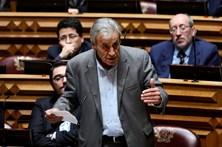 """PCP insiste numa """"efetiva renegociação"""" da dívida pública portuguesa"""