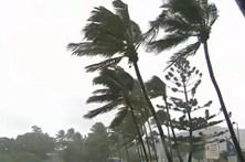 Ciclone na Austrália obrigada à retirada de milhares de pessoas
