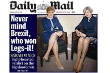 Daily Mail criticado por capa focada nas pernas de May e Sturgeon