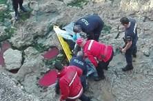 Homem morre após queda em praia no Estoril
