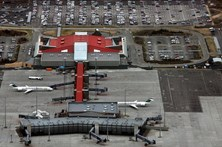 Aeroporto islandês evacuado por razões de segurança