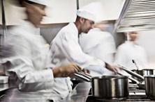 Restaurante oferece dez mil doses à borla
