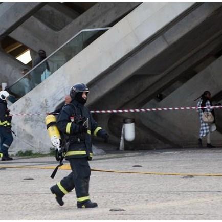 Leitor capta imagens de mala abandonada na Gare do Oriente
