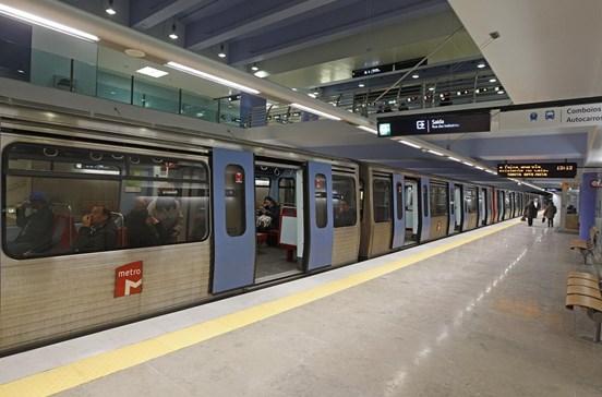 Sindicato contesta redução de comboios no metro para a Amadora