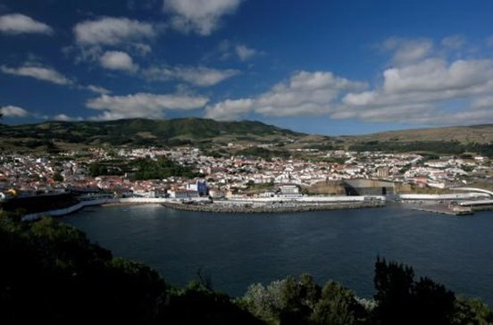 Investigada divulgação na Internet de dados de alunos menores dos Açores