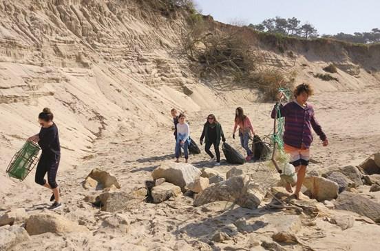 4,5 toneladas de lixo em praias de Esposende