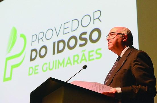 Três mil idosos vivem sozinhos em Guimarães