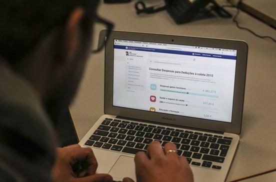 Autoridade Tributária alerta para falsas mensagens de 'email' a cobrar dívidas
