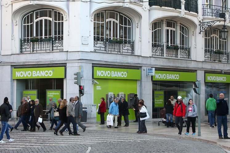 Novo Banco apresenta prejuízos de quase 1,4 mil milhões de euros