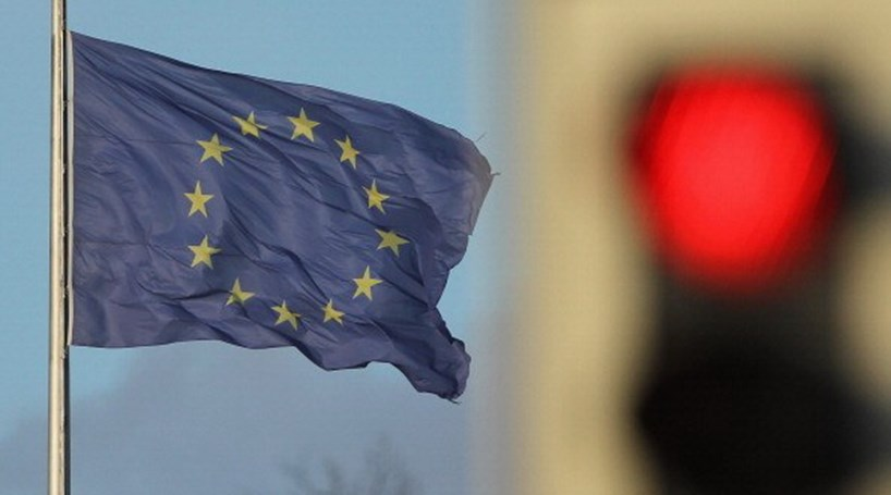 Bruxelas pondera levar Portugal a tribunal por falhas nas comissões bancárias