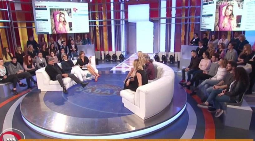 Mulheres de leste acusadas de serem 'caça-maridos' em programa de televisão