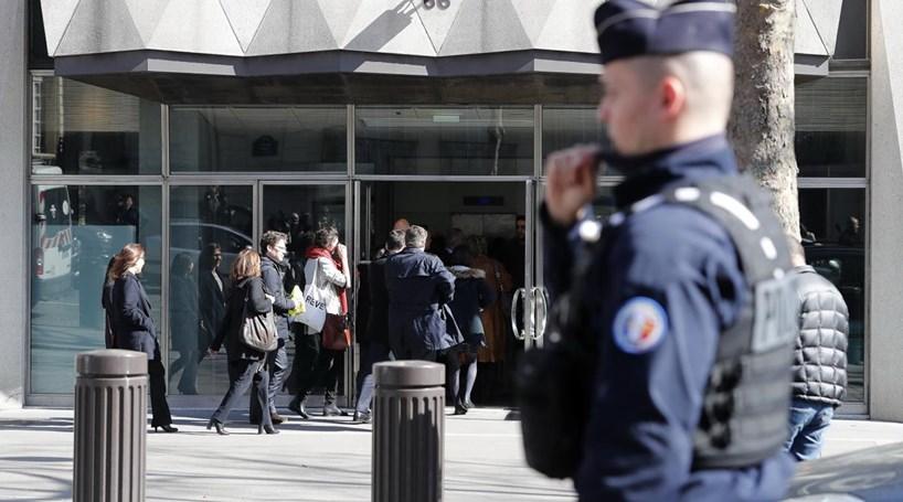 Polícia grega localiza oito cartas suspeitas de conter bombas